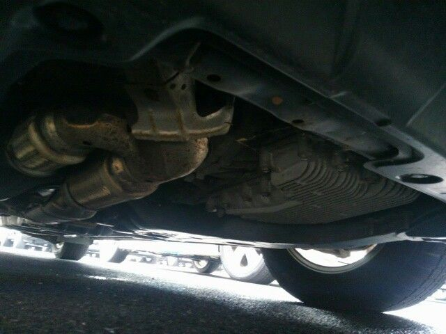 2010-nissan-elgrand-e52-highway-star-350-2wd-underbody-3