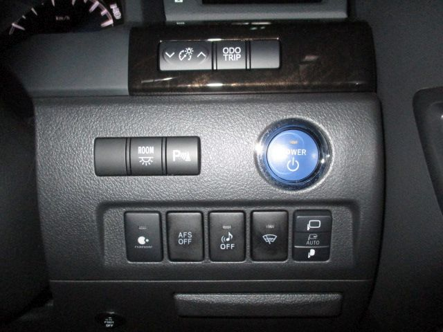 2014-toyota-vellfire-hybrid-zr-g-edition-2-4l-4wd-15