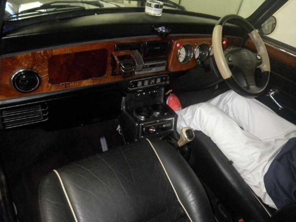 1997-rover-mini-cooper-interior