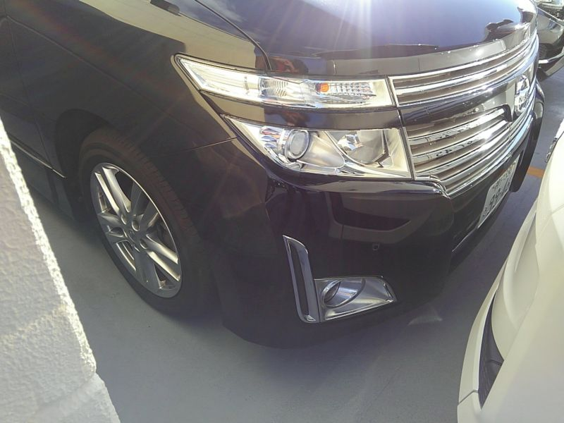 2011-nissan-elgrand-highway-star-350-4wd-29