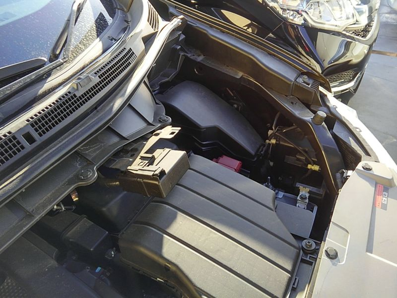 2011-nissan-elgrand-highway-star-350-4wd-41