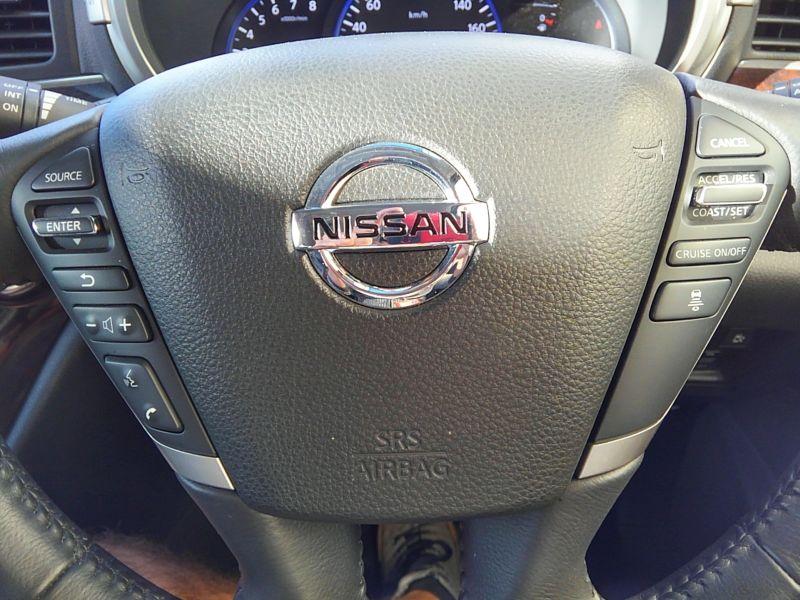 2011-nissan-elgrand-highway-star-350-4wd-6
