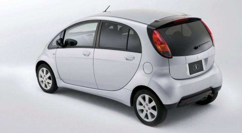 mitsubishi-i-660cc-turbo-kei-car-white-rear