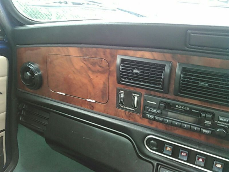 1999-rover-mini-cooper-mayfair-wood-dash