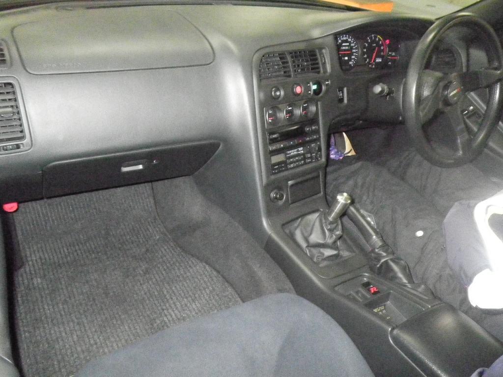 1996-nissan-skyline-r33-gtr-nismo-400r-interior