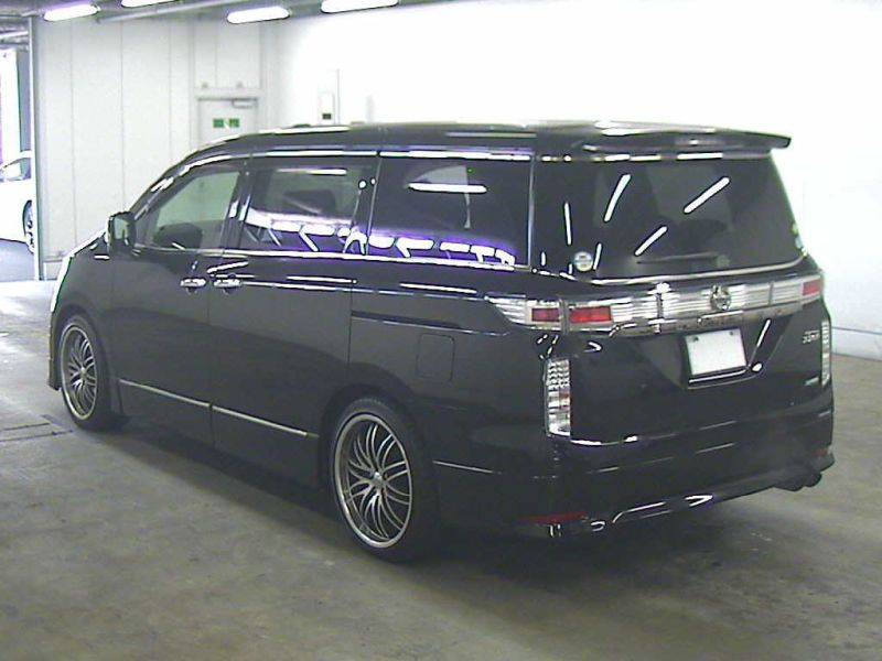 2011 Nissan Elgrand 350 E52 Highway Star Premium 2WD 3.5L auction rear