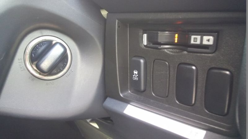 2016-Mitsubishi-Delica-D5-diesel-CV1W-4WD-option-switches