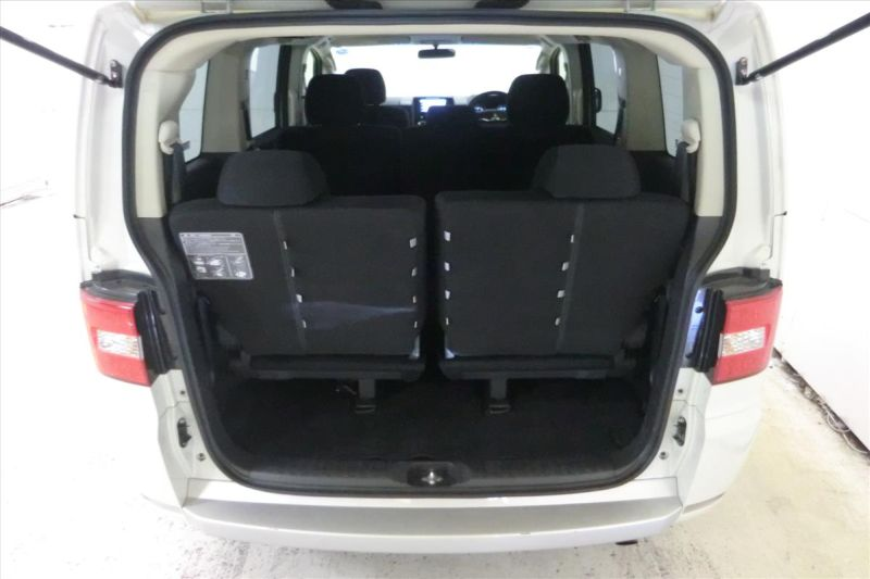 2016 Mitsubishi Delica D5 diesel CV1W 4WD rear hatch