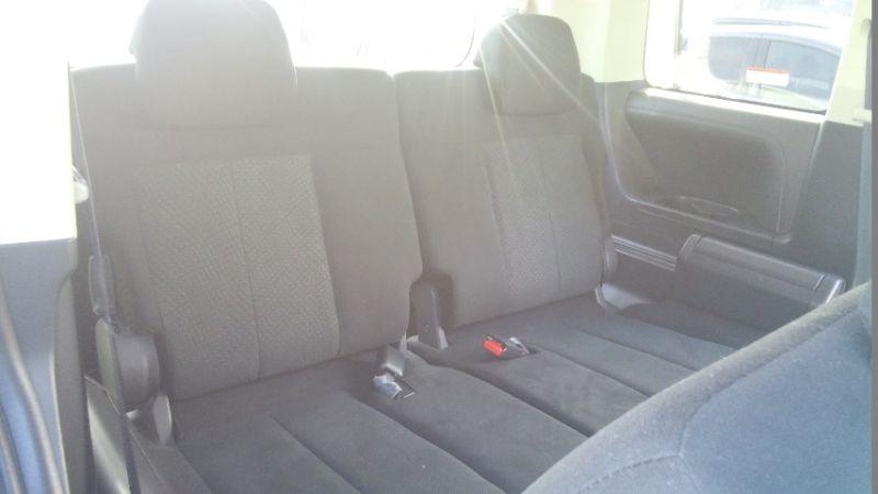 2016-Mitsubishi-Delica-D5-diesel-CV1W-4WD-seats-2