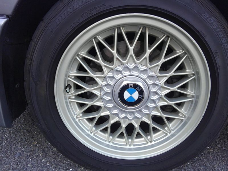 1987 BMW M3 E30 coupe wheel 3