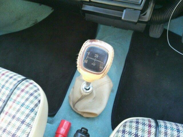 1999 Rover Mini Cooper shift knob