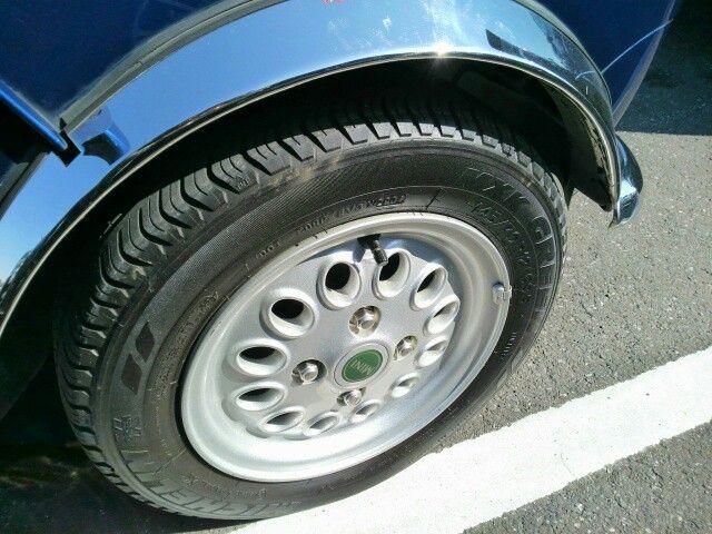 1999 Rover Mini Cooper wheel