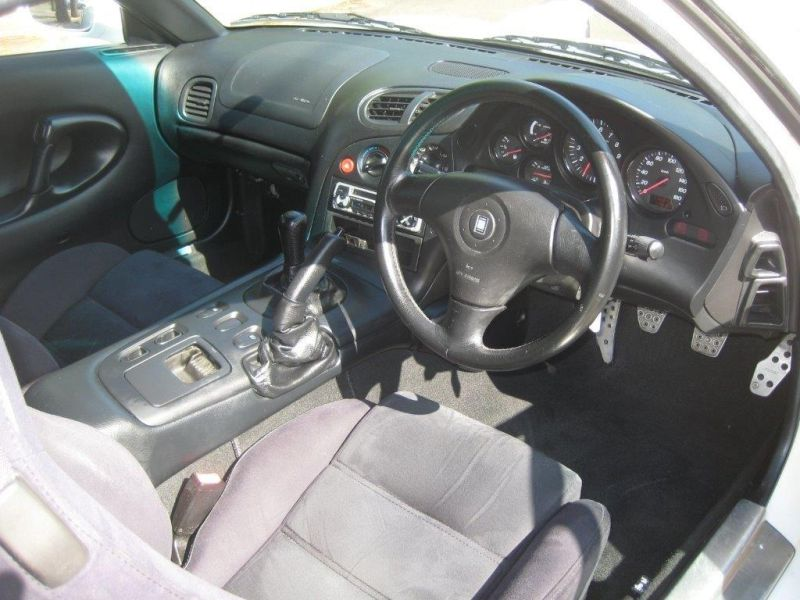 2000 Mazda RX-7 RS interior