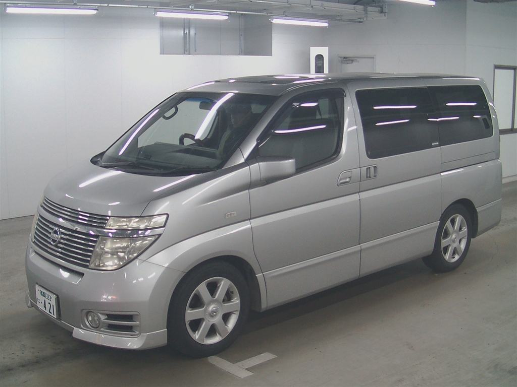 2003 Nissan Elgrand E51 Highway Star 2WD auction 4