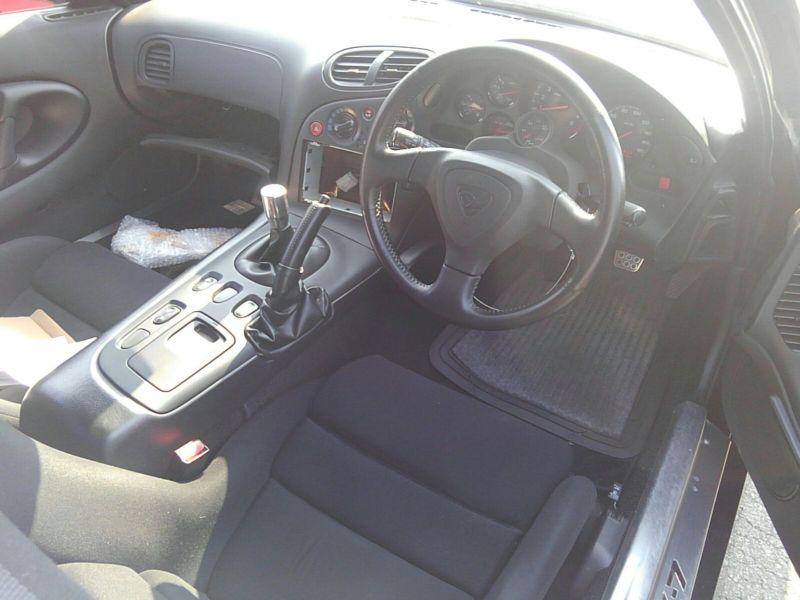 1992 Mazda RX-7 Type RZ lightweight sports model steering wheel