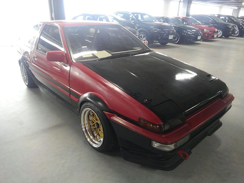 1985 Toyota Sprinter GT APEX AE86 right front