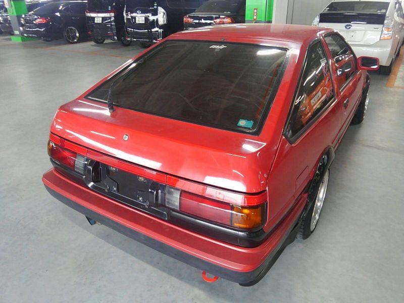 1985 Toyota Sprinter GT APEX AE86 right rear