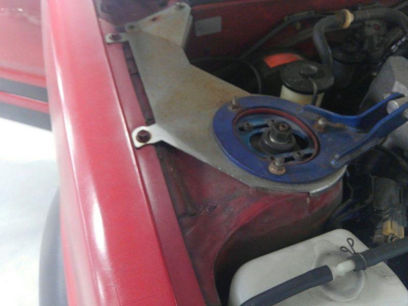 1985 Toyota Sprinter GT APEX AE86 strut