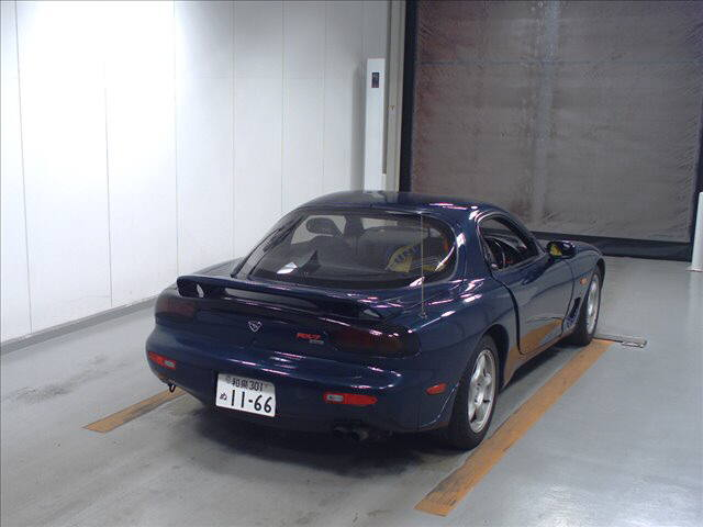 1992 Mazda RX-7 Type R auction right rear