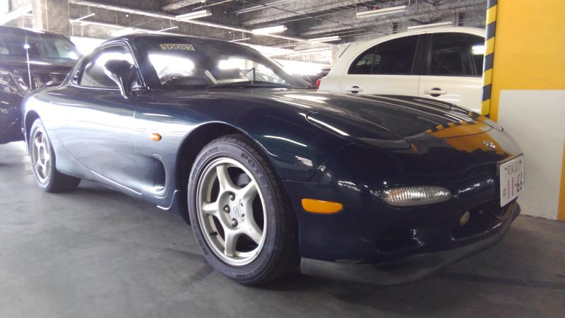 1992 Mazda RX-7 Type R right front 3