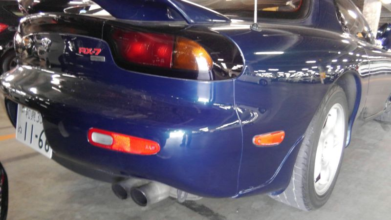 1992 Mazda RX-7 Type R right rear 2