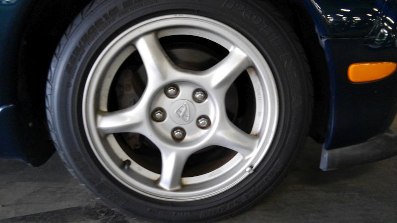 1992 Mazda RX-7 Type R wheel 3
