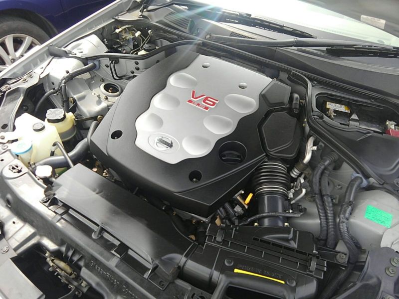 V35 350GT 70th Anniversary engine