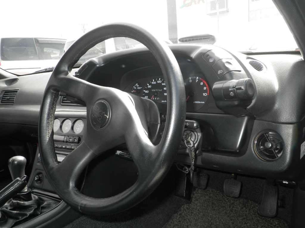 1993 Nissan Skyline R32 GTR VSpec steering wheel