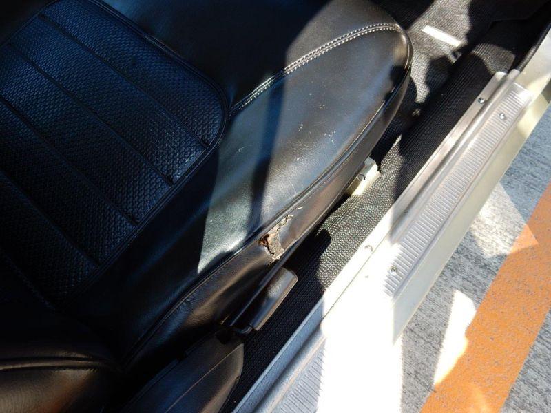 Hakosuka 1971 Nissan Skyline KGC10 coupe driver seat tear