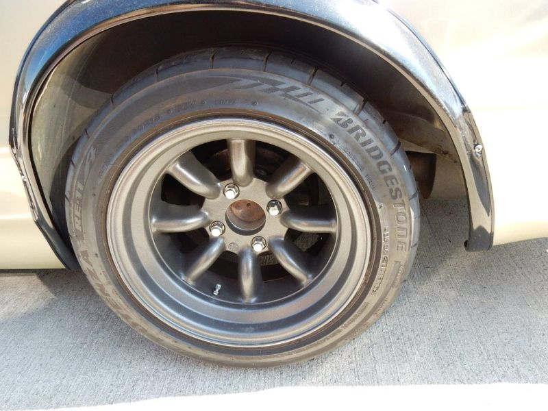 Hakosuka 1971 Nissan Skyline KGC10 coupe wheel 2