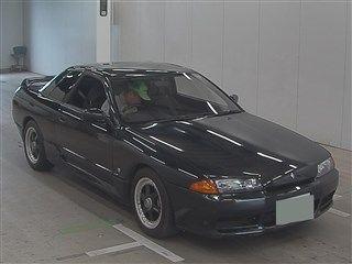 1990 Nissan Skyline R32 GTS-t auction front