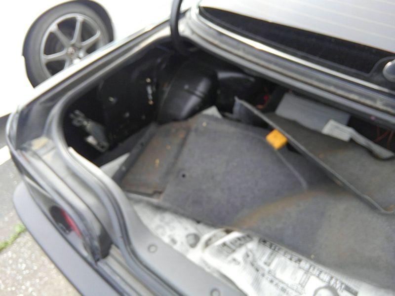 1990 Nissan Skyline R32 GTS-t boot
