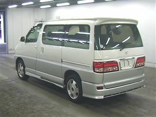 2000 Toyota Regius V L Package auction rear