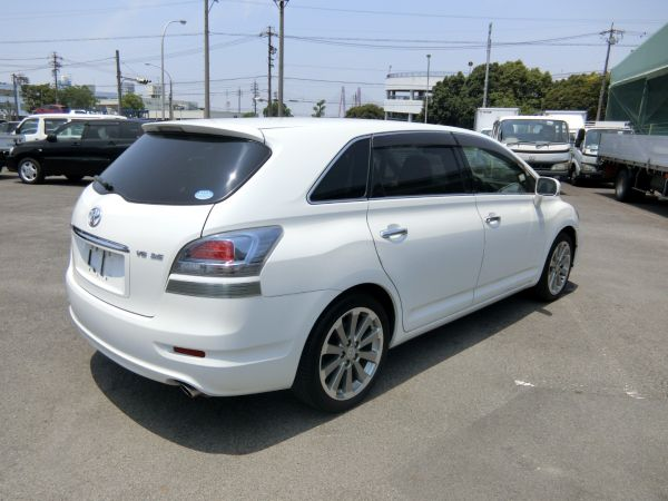 2011 Toyota Mark X Zio 350G Wagon right rear