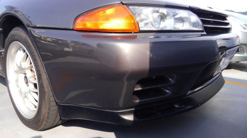 R32 GTR VSpec right front bumper
