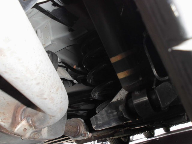 2007 Toyota Estima 2WD 7 seater G Package underbody