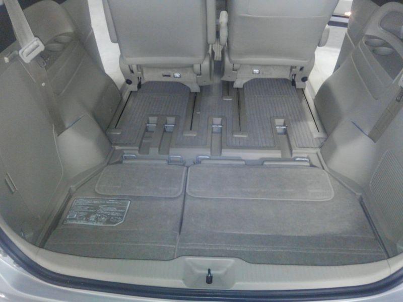 2008 Toyota Estima 4WD 7 seater hatch space