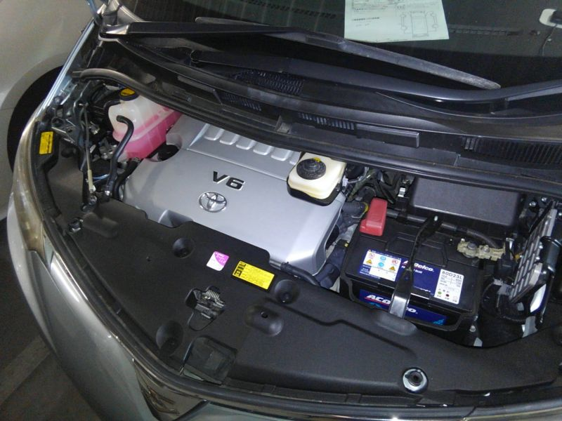 2008 Toyota Estima Areas S 2WD 8 seater engine