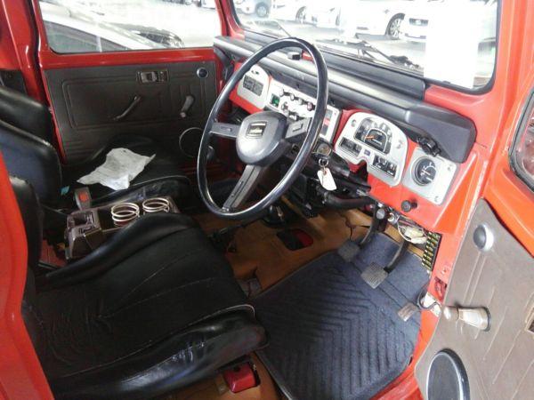 1984 Toyota Land Cruiser BJ46 Long driver seat