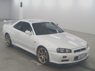 1999 Nissan Skyline R34 GTR auction front