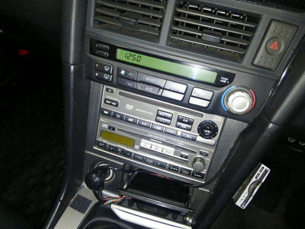 2001 Nissan Skyline R34 GTR VSPEC centre console