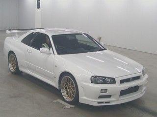 2001 Nissan Skyline R34 GTR auction front