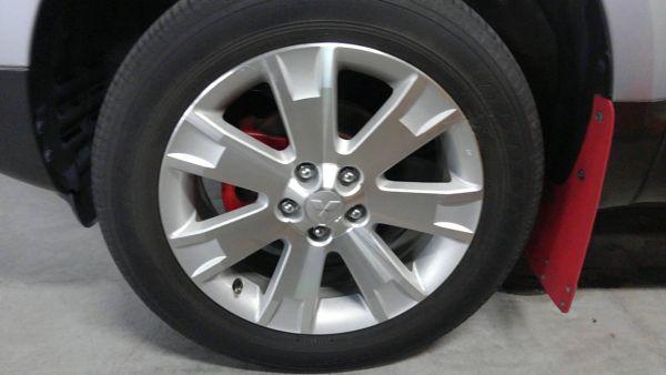 2011 Mitsubishi Delica D5 petrol CV5W 4WD Chamonix wheel 2