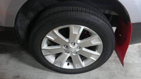 2011 Mitsubishi Delica D5 petrol CV5W 4WD Chamonix wheel