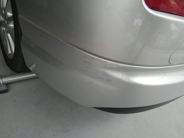 2012 Toyota Estima G 4WD 7 seater bumper scratches