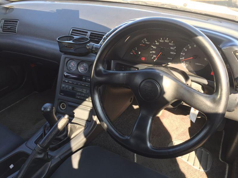 1993 Nissan Skyline R32 GTR VSpec interior 2