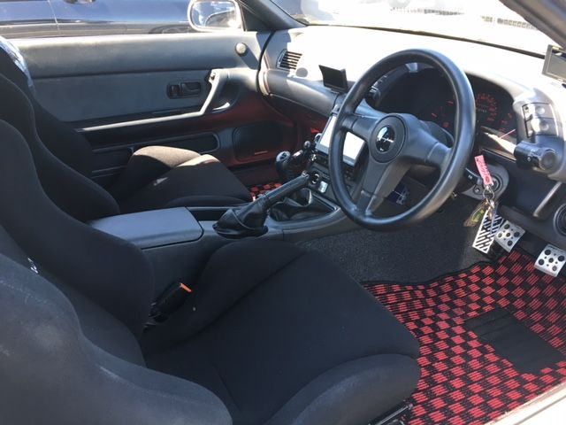 1994 Nissan Skyline R32 GT-R Tommy Kaira Special Edition interior 2