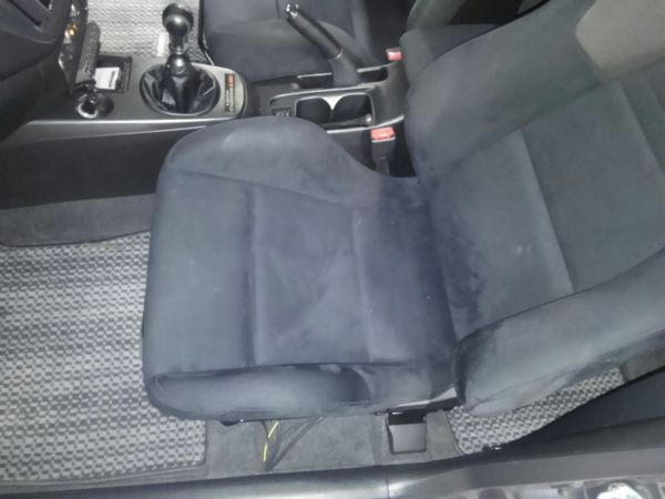 2004 Mitsubishi Lancer EVO 8 MR front left seat