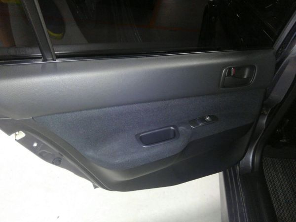 2004 Mitsubishi Lancer EVO 8 MR left door card