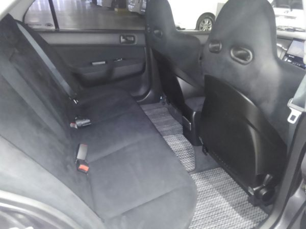 2004 Mitsubishi Lancer EVO 8 MR rear seats